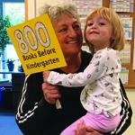 girl and grandma who read 800 books